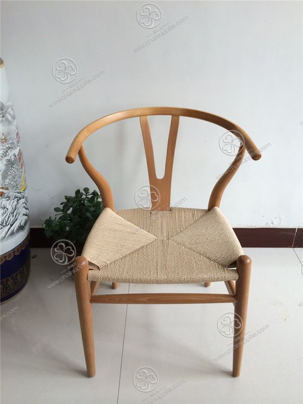 Wooden Y Chair 015