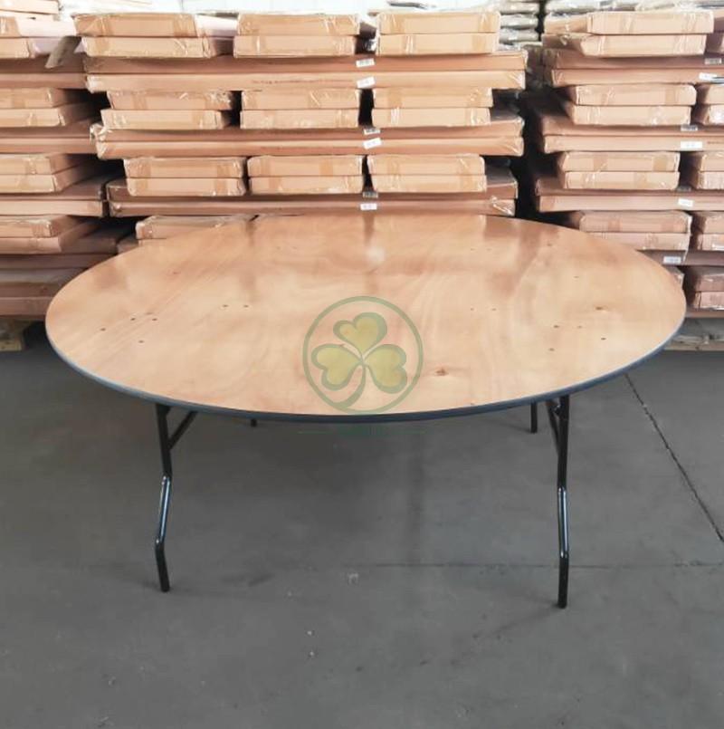 Round Folding Table  033